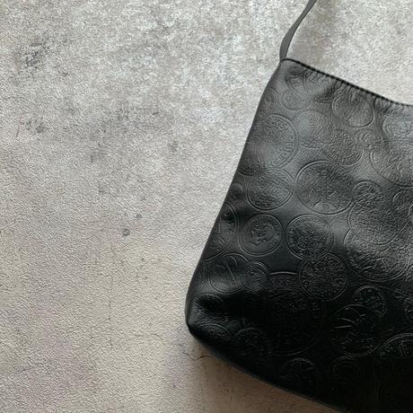 ARUMO  レザーショルダーバッグD /  ブラック + ビンテージコイン