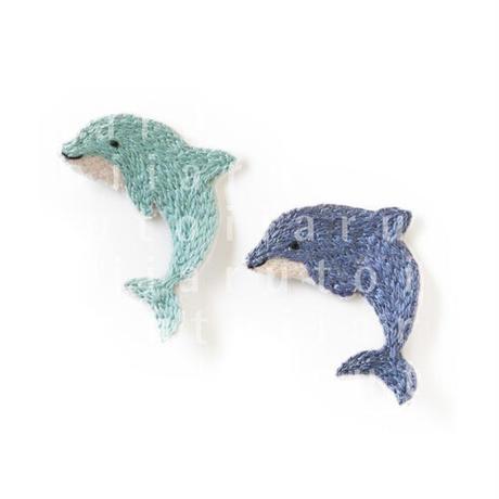 イルカ(刺繍)