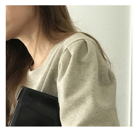 puff shoulder pullover
