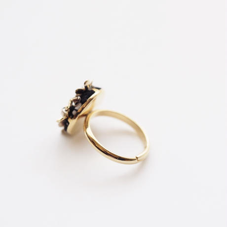 bouquet ring col.black