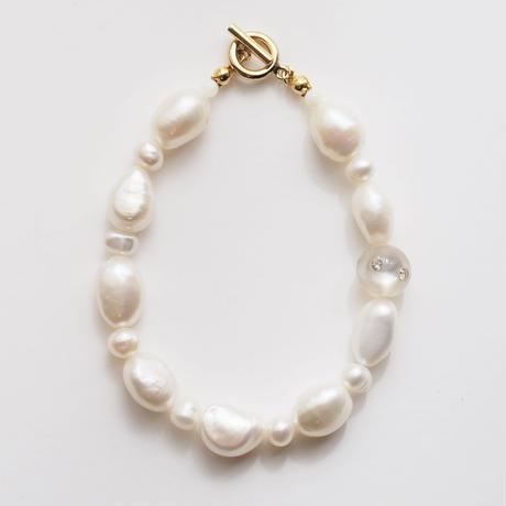 baroque pearls bracelet col.white