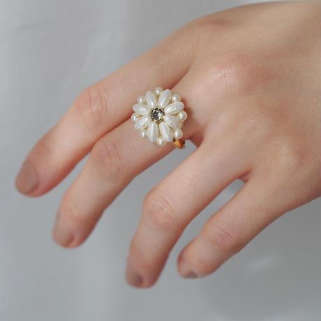 pearl flower ring