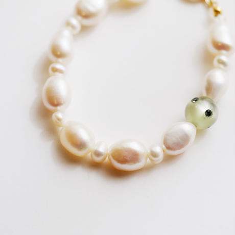 baroque pearls bracelet col.green