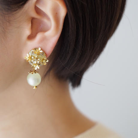 bouquet planet earring/pierce