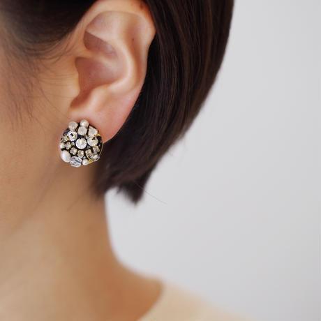 charm swarovski earring/pierce  col.black