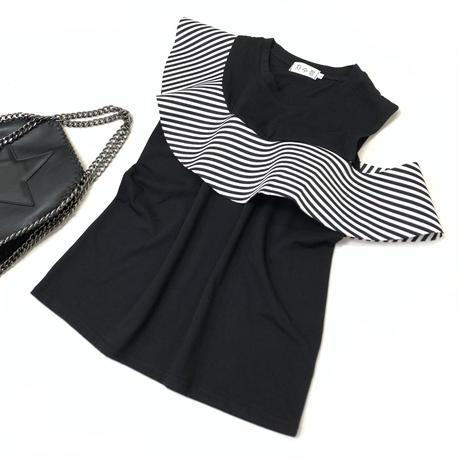 アシンメトリーラッフルノースリーブTシャツ (ブラック)