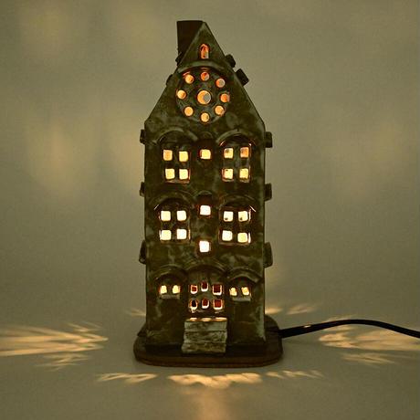 ばんけいねんど小屋|卓上ランプ|灯小屋02