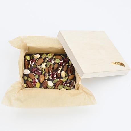 nicao |レッツゴーナッツ! チョコレートバーク
