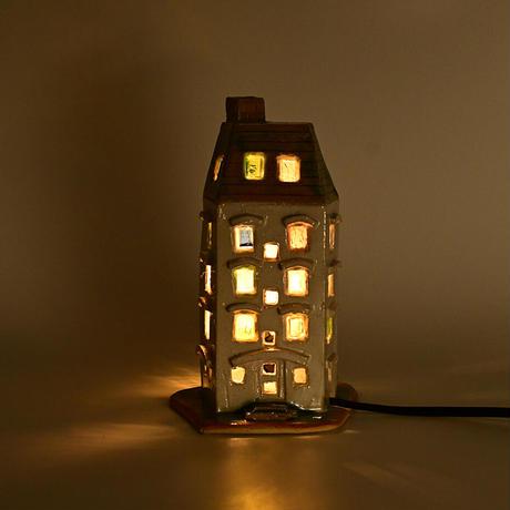 ばんけいねんど小屋 卓上ランプ 灯小屋05 白 ガラス入り