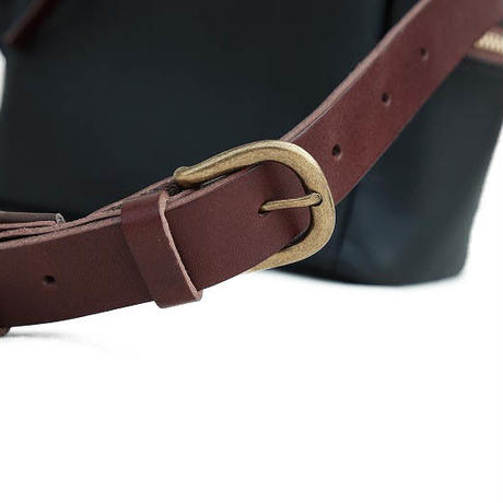 suolo(スオーロ)  ARROW leather  CHOCO
