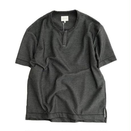 CURLY(カーリー)   NOMADIC KEY NECK TEE