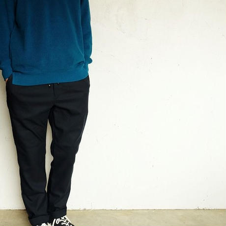CURLY(カーリー)   ASSEMBLY CREW KNIT    BONDI BLUE