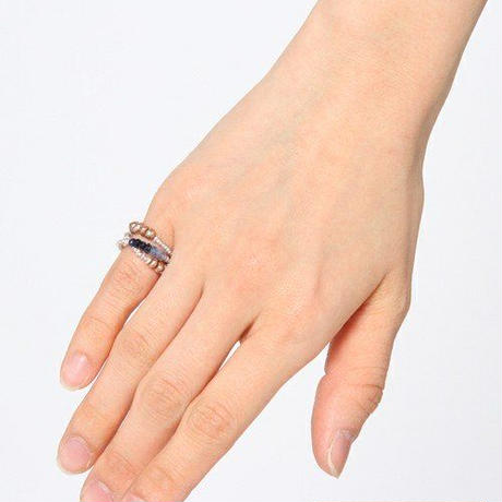 Delicate pearl Ring-cum-Bracelet / デリケートパール ピンキーリング兼ブレスレット
