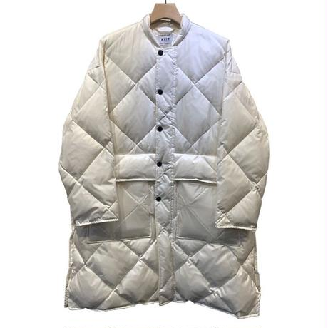20D HIGH QUALITY NYLON DOWN COAT    (HIGHSTRENGTH, LIGHTWEIGHT, WATER REPELLENT NYLON)