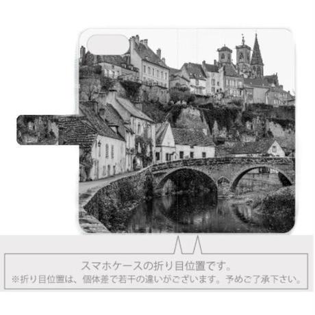 フランスの美しい村モノクロ 手帳型スマホケース【iPhone用】