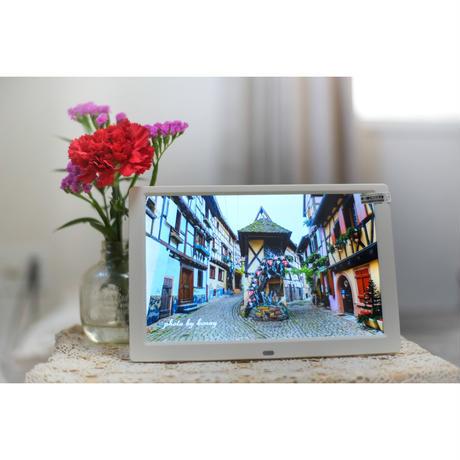 旅するデジタルフォトフレーム「フランスの美しい村」