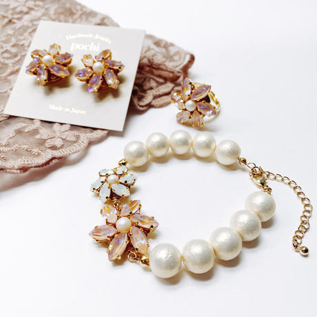 ★ 2022 S/S NEW COLOR★【ピアス】Crystal Flower