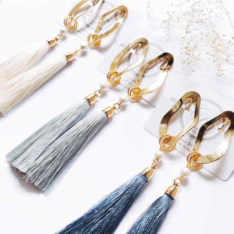 Big Tassel ×Wavy Metal Earrings