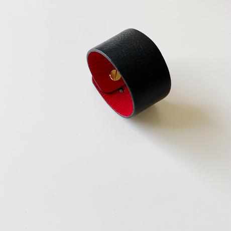 510026 ブラックレザーバングル