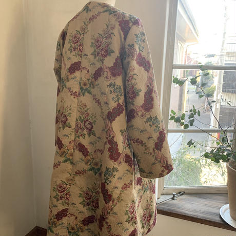 アトリエコート コットンジャガード花プリント キャメル