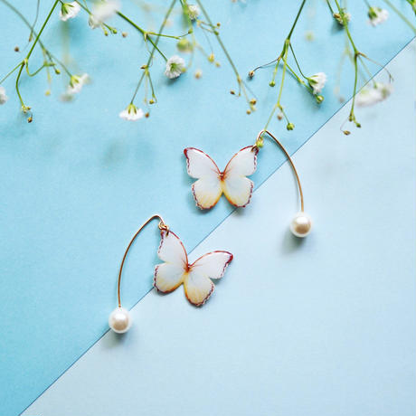 Antique White Butterfly Hook Earrings with Pearl [ Pierced ]