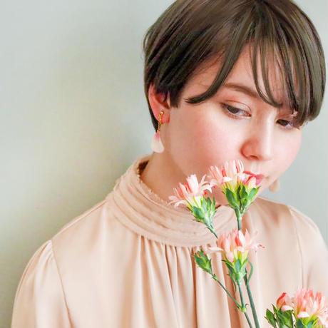 Cherry Blossom Petal Earrings / Asymmetric [Pierced Or Clip-on]