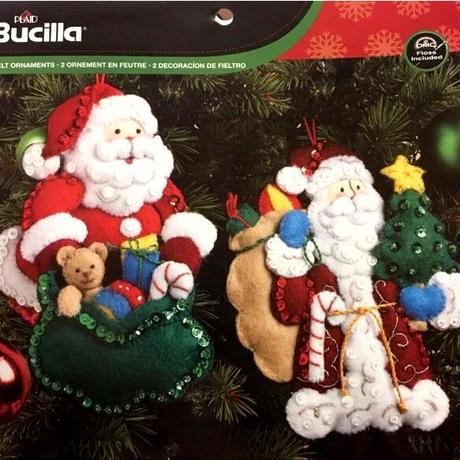 Bucilla クリスマスキット「Traditional & World Santa」