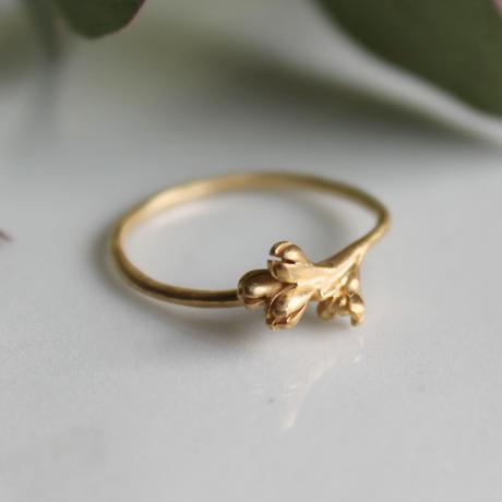 オリーブの花のリング