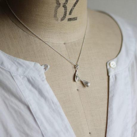 sv925 もうすぐひらくつぼみのネックレス