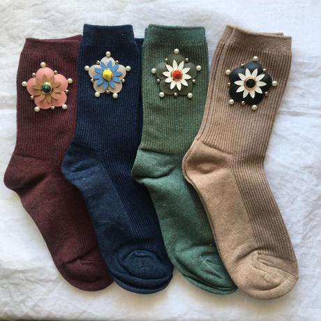 bijou socks =leather flower=