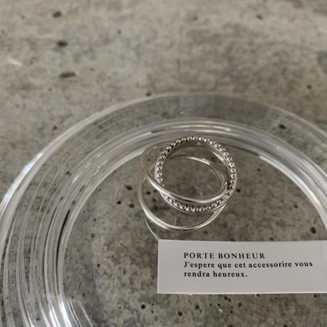 PORTE BONHEUR  - milk crown  ring -
