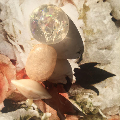 耳飾りWater flower =halfcube M 246 =