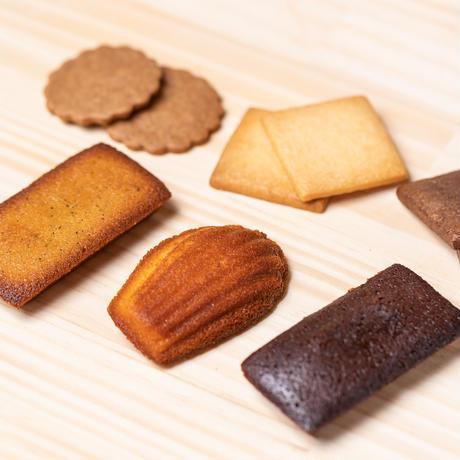 セレクト  E    焼菓子6種類(フィナンシェ4個・フィナンシェショコラ4個・マドレーヌ4個・スペキュロス4個・サブレ2種×3個)22個入り