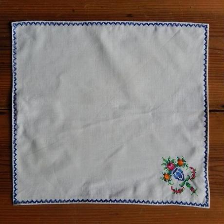 antiques 花の刺繍のハンカチ