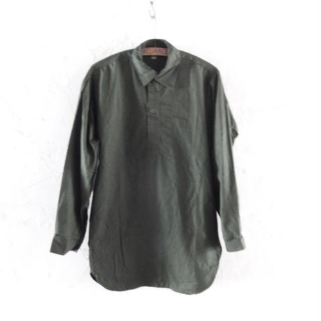 Sweden Olive Pullover Shirts