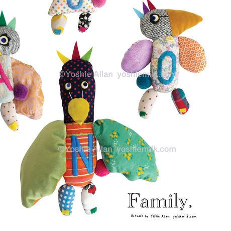 【家族の姓を入れてデザイン】ハギレ鳥のファミリーネーム・アートプリント