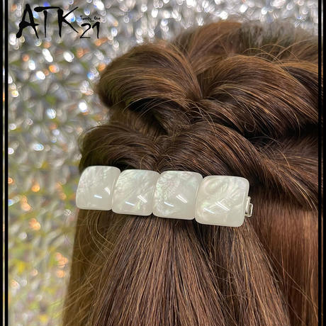真っ白 ハート スクエア White ホワイト 大人可愛い ヘアクリップ 上品 まとめ髪のポイント 髪留め レディース ヘアアクセサリー