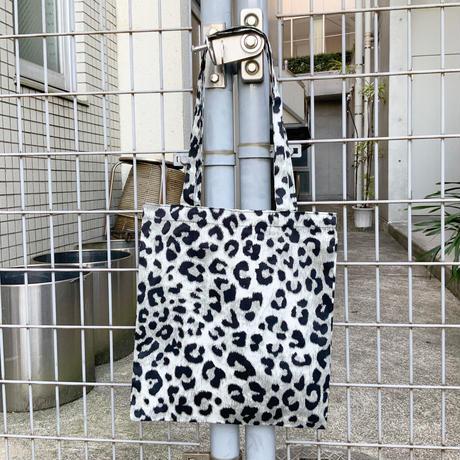 レオパードトートバッグ レオ柄 豹柄 ショルダーバッグ エコバッグ ショッピングバッグ A4 レディース 軽量 通勤 買い物 ポケット付き