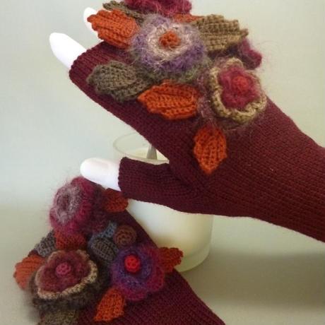 お花の手袋(ボルドー)