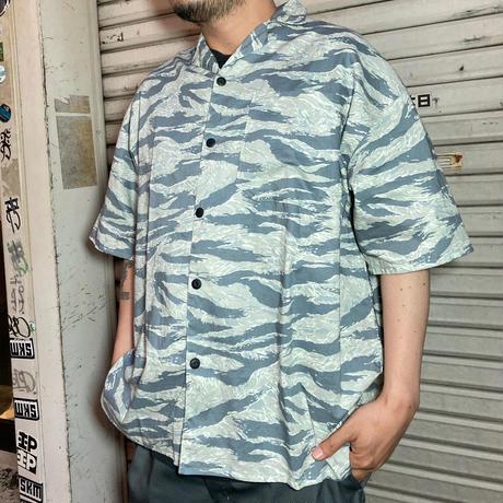 JOHN SOFIA Endless Summer Tiger stripe SS Shirt (GREY, BROWN)