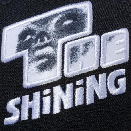 NEW ERA THE SHINING POSTER LOGO (BLACK)