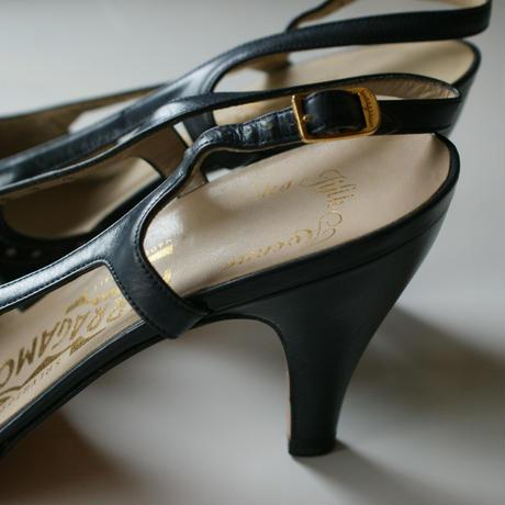 Salvatore Ferragamoサルヴァトーレ・フェラガモ /ネイビー レザーバックストラップ パンプス ジューズ / ヴィンテージ レデイース ファッション