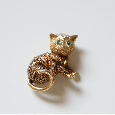 TRIFARIトリファリ ブラウンエナメル 猫 キャット ミニブローチ / ヴィンテージ・コスチュームジュエリー