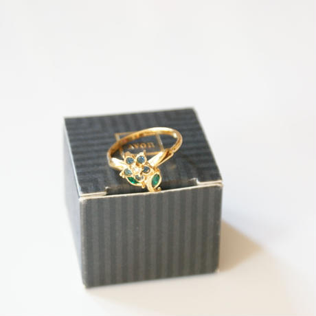 Special price【スペシャル プライス】AVONエイボン ブルー フラワー ラインストーン  指輪リング / ヴィンテージ・コスチュームジュエリー