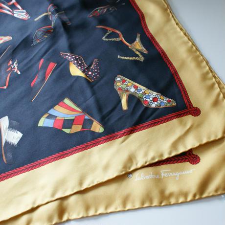 Salvatore Ferragamoサルヴァトーレ・フェラガモ 靴柄 スカーフ/ ヴィンテージ レディース ファッション