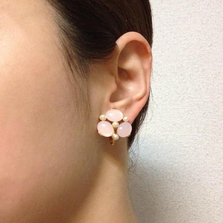 TRIFARIトリファリ☆ピンクオーバルストーン☆パールイヤリング