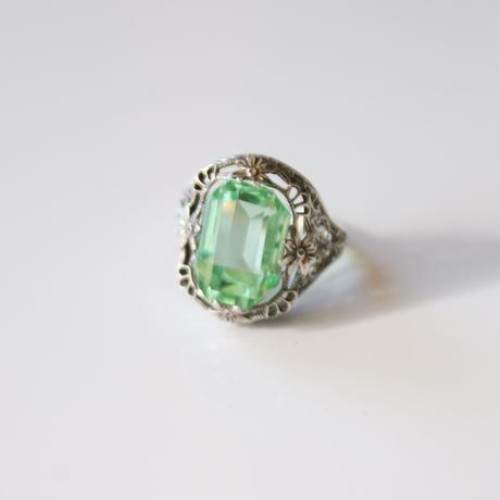 エメラルドカット グリーン ガラス シルバー オープンワーク リング指輪 / ヴィンテージ・アンティークジュエリー