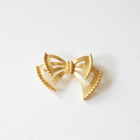 TRIFARIトリファリ ゴールド リボン ブローチ / ヴィンテージ・コスチュームジュエリー