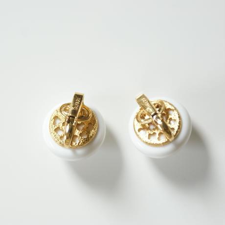 Special price【スペシャル プライス】TRIFARIトリファリ ホワイトルーサイト シンプル イヤリング / ヴィンテージ・コスチュームジュエリー