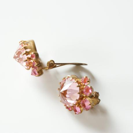 AUSTRIAオーストリア 製  ローズカット ピンク ガラスストーン イヤリング / ヴィンテージ・コスチュームジュエリー